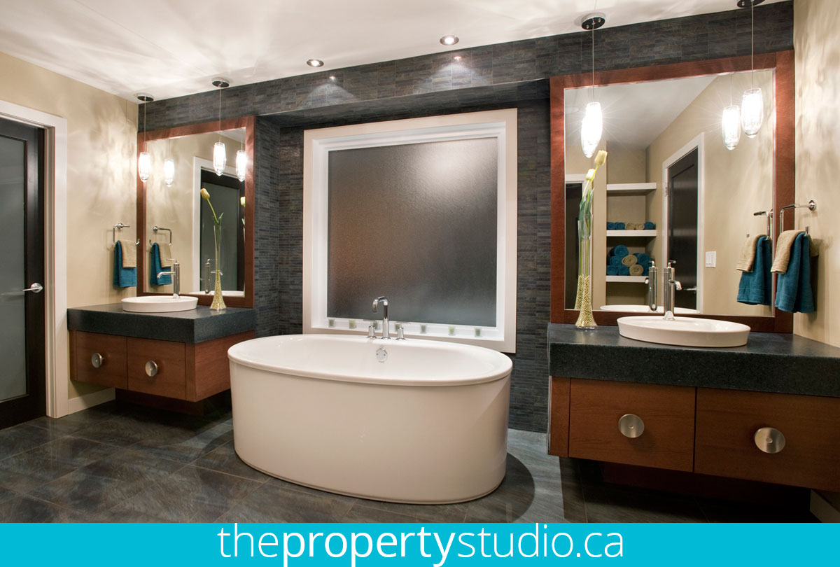 winnipeg-real-estate-photography-hsc-lottery-home-bathroom